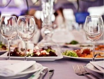For meals, agreements with restaurants near the hotel at favorable prices for our customers.